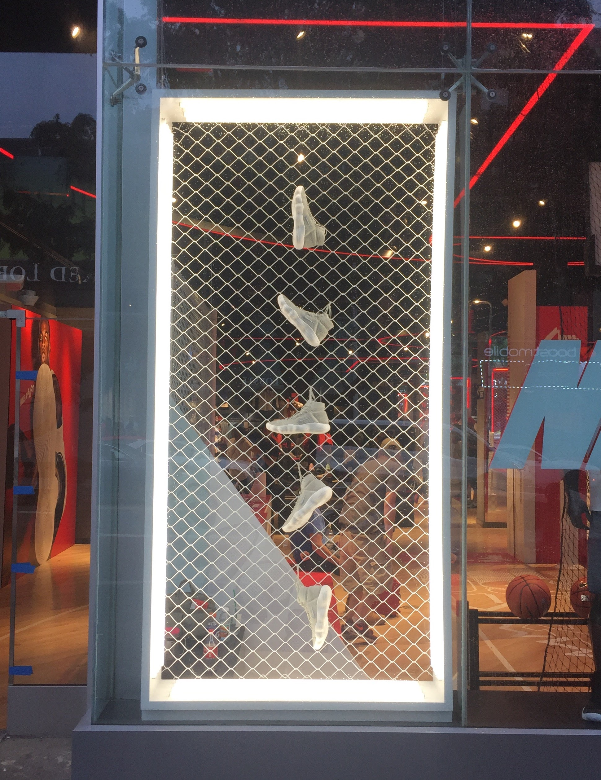 Nike React Lightbox Display Arch Productions I